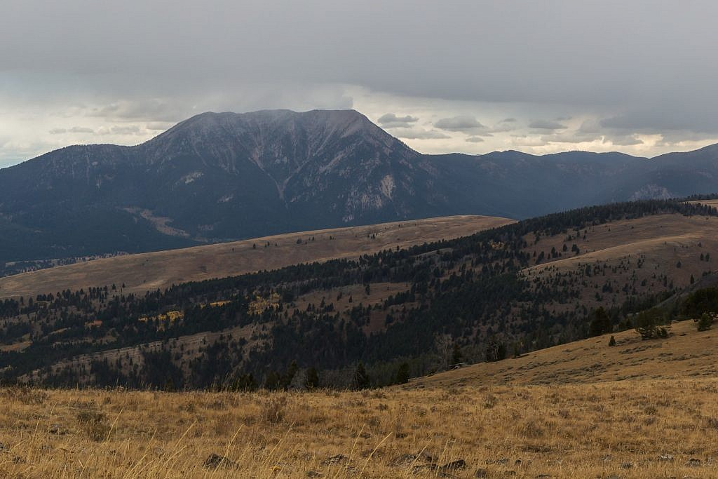Closeup of Sheep Mountain of the Greenhorn Range.