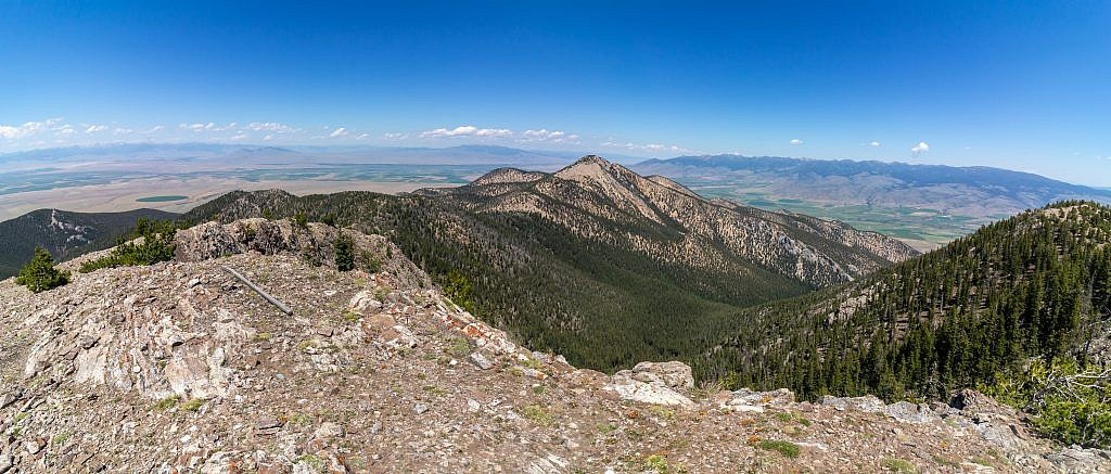 Looking north from the summit of Ruby Peak. Laurin Peak is the obvious highpoint to the north. Cedron Jones' loop route involves hiking up Laurin Canyon (front), a nastier hike apparently, then up to Laurin Peak or the connecting ridge, over to Ruby and then back to the lot via Porier Canyon.