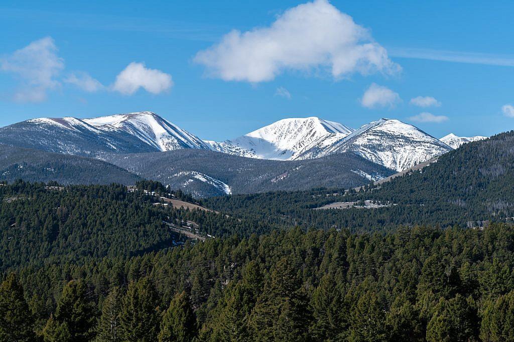 Highland Mountains.
