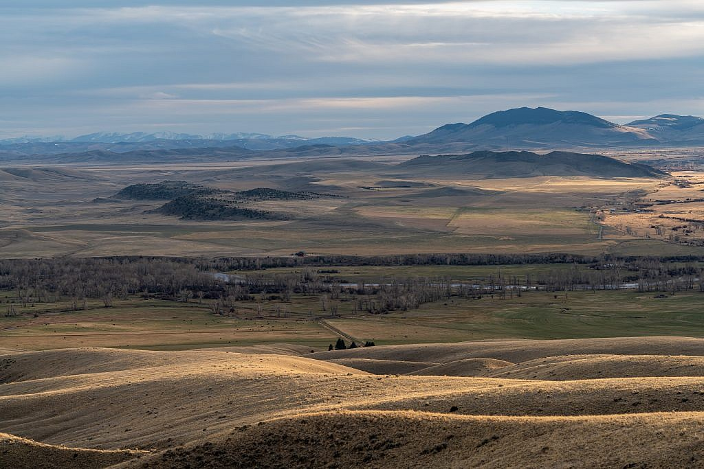 Looking south towards the Beaverhead Valley from near my camping spot.