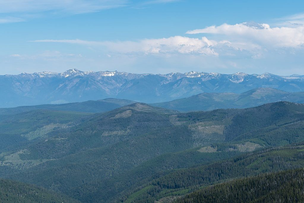 Looking east towards the Rattlesnake Mountains, a range I have yet to visit.